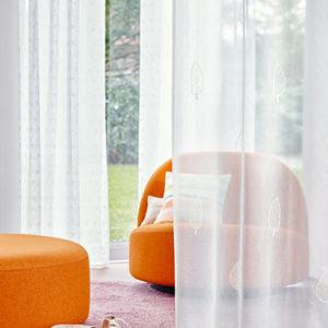 Dieses Bild zeigt den ADO Stoff Amara als Dekorationsbeispiel