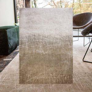 Dieses Bild zeigt den Teppich Fahrenheit von louise de Poortere